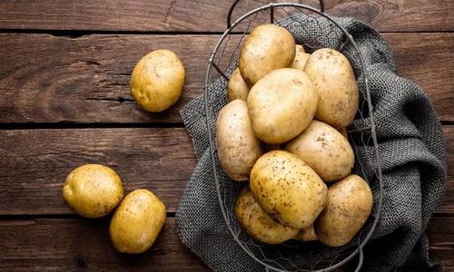 Картофель хорошо усваивается, действуя как спазмолитик и противовоспалительное средство