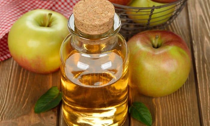 Яблочный сок пить следует на сытый желудок, через 50-60 минут после еды, предварительно отфильтровать клетчатку