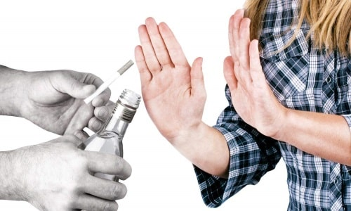 Профилактика геморрагического панкреатита подразумевает отказ от курения и употребления алкоголя