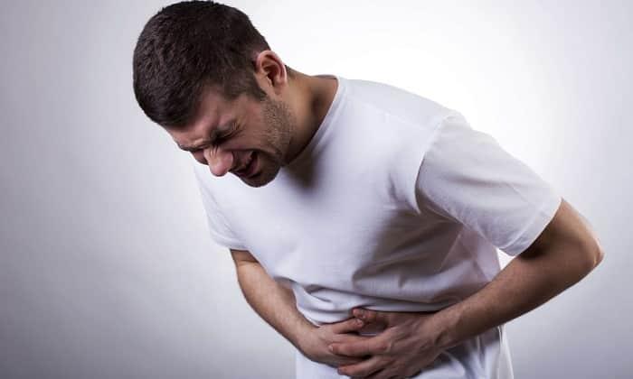 Причина болевого синдрома при панкреатите — гибель клеток на фоне агрессивного воздействия на ткани активированных ферментов железы