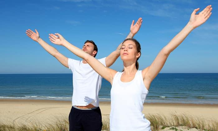 Массажный эффект на поджелудочную оказывает дыхательная гимнастика, ее можно выполнять сидя, лежа, стоя