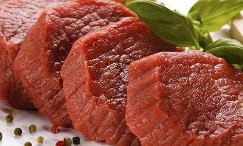 Паровой омлет можно приготовить с говядиной