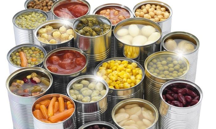 Консервированные продукты лучше убрать из повседневного меню в период профилактики