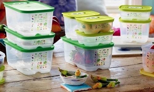 Перед употреблением финики необходимо вымыть, а хранить их лучше всего в закрытом контейнере в холодильнике