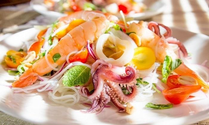 Запрещено при панкреатите и холецистите употреблять морепродукты
