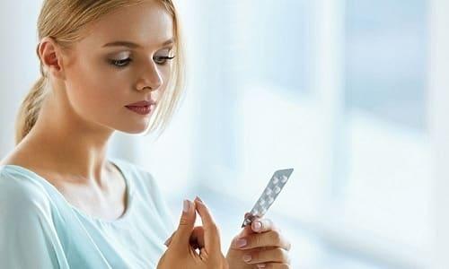 Чтобы инсулин и энзимы вырабатывались железой нормально, нужно принимать витаминные комплексы