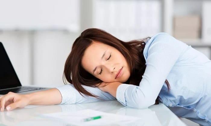 Сухофрукт рекомендуется людям страдающим от хронической усталости