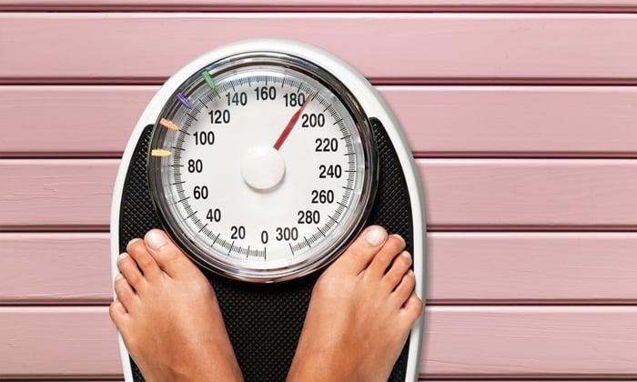 При заболевании наблюдается снижение веса