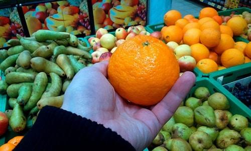 Чтобы получить как можно больше пользы от плодов, надо знать, как выбирать мандарины