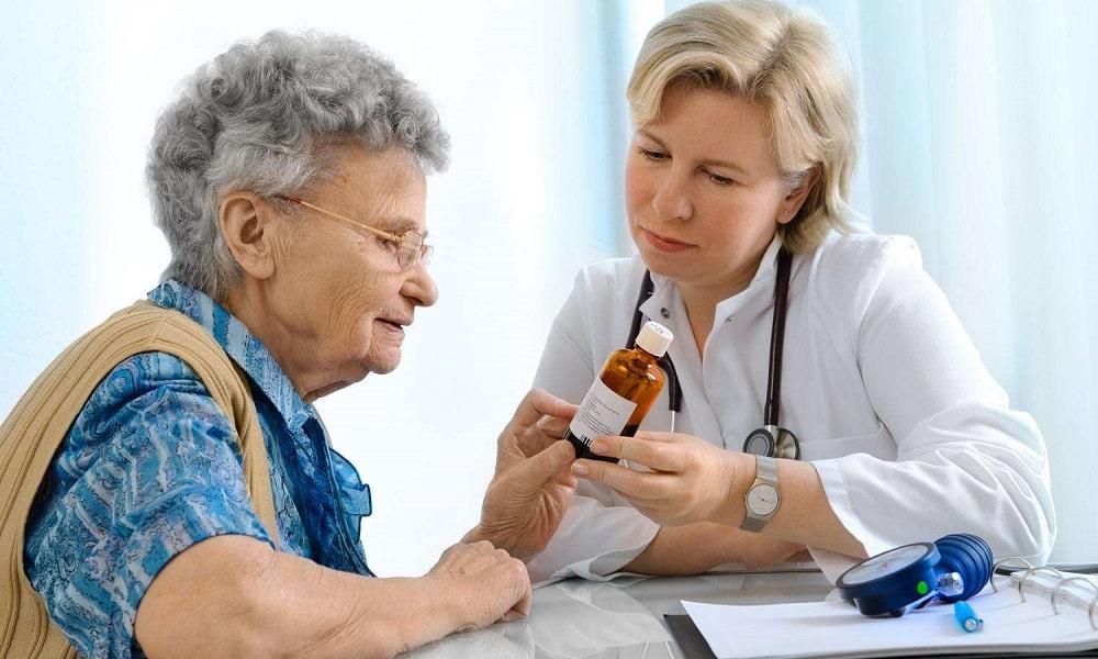 Многие препараты при бесконтрольном применении могут повредить органы пищеварения, поэтому нужно принимать лекарственные средства только по назначению врача
