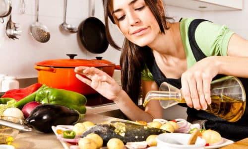 Следует помнить, что народная терапия гастрита не отменяет необходимость соблюдения диеты и правила приема пищи