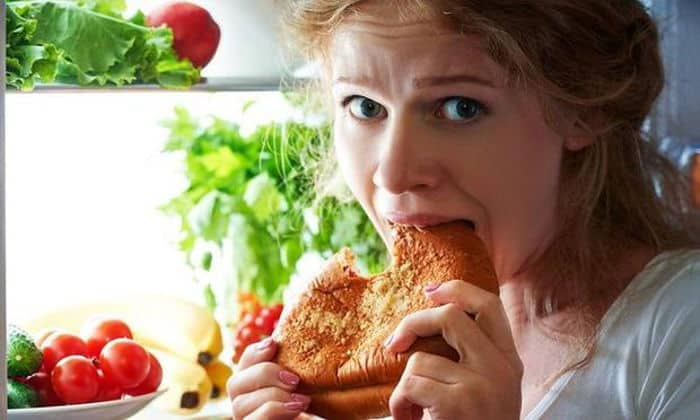 Спровоцировать подобное заболевание может неправильное питание