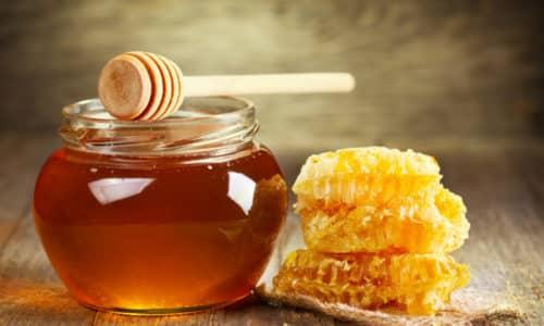 Для того, чтобы не возникало газов в кишечнике и не началось брожение, необходимо употреблять мед