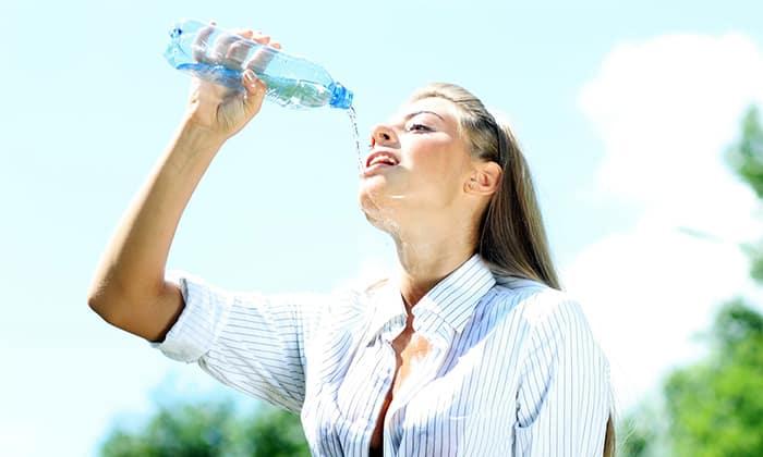 За 10 часов до анализов воздержаться от пищи, не пить ничего, кроме простой воды