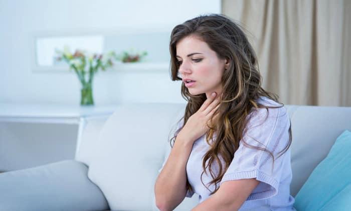 На чрезмерное накопление пищевых токсинов и шлаков в организме указывают проблемы с дыханием