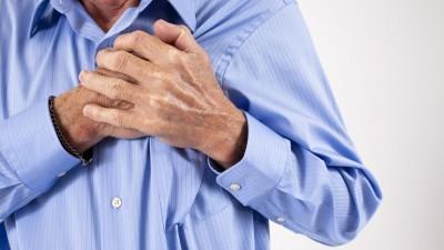 У некоторых больных боль напоминает приступ стенокардии