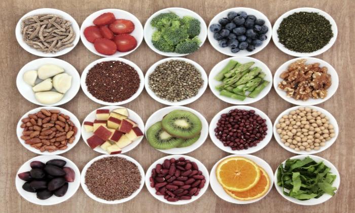 Слабительные можно заменить пищей, в состав которой входит клетчатка