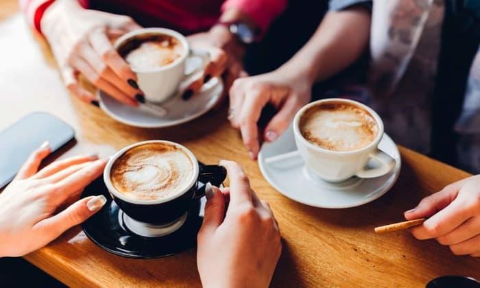 Постоянна изжога может возникать из-за употребление кофе в больших количествах
