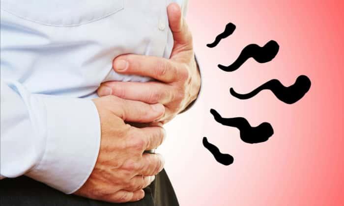 Основные симптомы гастроэнтерита - это живот вздувается, и слышно постоянное урчание
