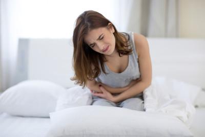 Спазмы кишечника - это резкое, сопровождающееся резкими болезненными ощущениями сокращение мускулатуры