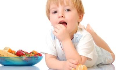 Если проявляется такой симптом, как длительный понос, то необходимо начинать соблюдать более строгую диету