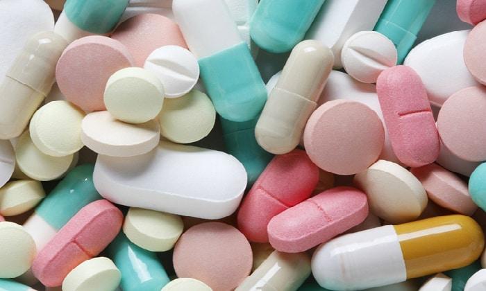 Рекомендуют применять антибиотики, имеющие широкий спектр действия