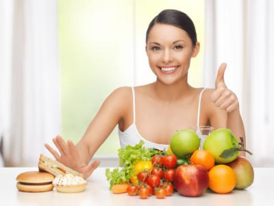 Если в испражнениях присутствуют белые комочки или волокна, то это, скорее всего, указывает на присутствие в кале непереваренных частичек растительной пищи