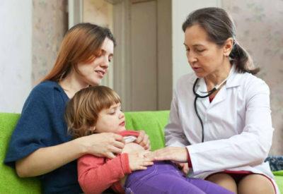 В тяжелых случаях требуется срочная госпитализация пострадавшего ребенка