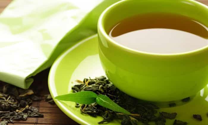 Полезными считаются зеленый или травяной чай