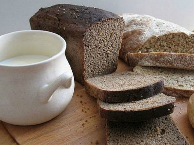 В течение 3 суток следует исключить из своего меню ржаной хлеб