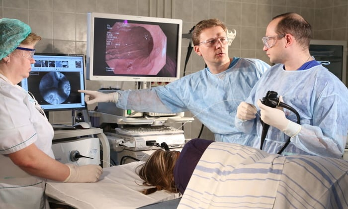 Для того чтобы проверить желудок, необходимо проведение гастроскопии (ФГДС)