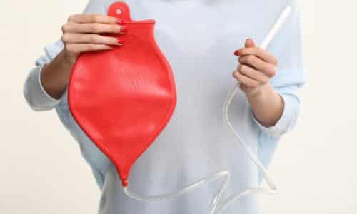 Для того чтобы обследование дало максимально достоверные результаты, кишечник предварительно необходимо очистить от остатков пищи с помощью клизмы