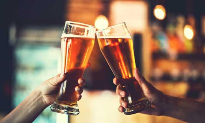 Не употребляются алкогольные напитки любой крепости