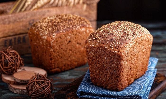 Хлеб ржаной так же не стоит употреблять перед процедурой