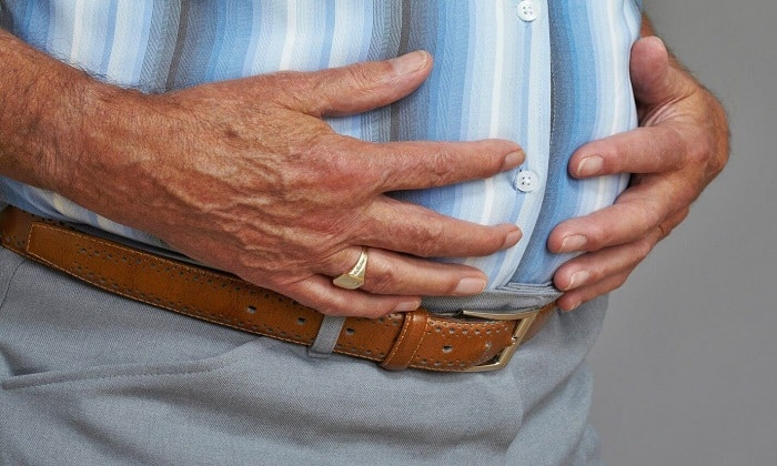 Вздутие живота так же может сигнализировать о проблемах с поджелудочной
