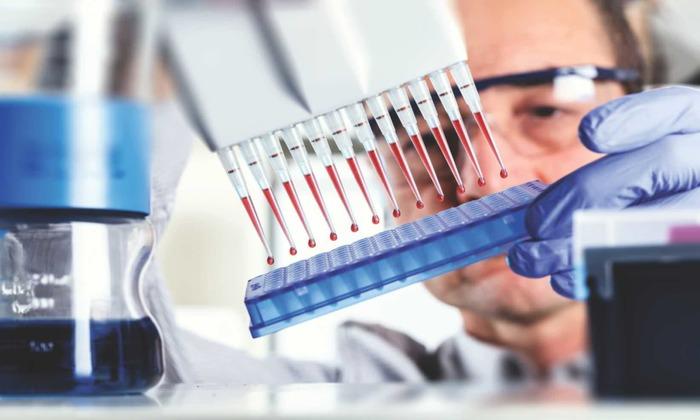 В больнице применяются биохимический анализ крови для определения причины болезни