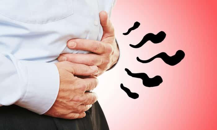 При пищевом отравление присутствуют боли и бурление в животе