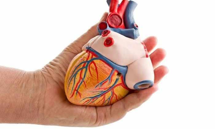 При наличие инфаркта миокарда применение препарата запрещено