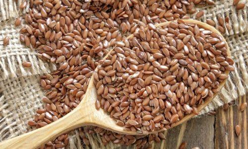 Лекарство на основе семян льна не только обволакивает стенки желудка, но еще и стабилизирует уровень секреции желудочного сока