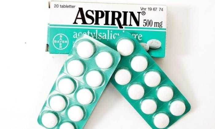 Цвет каловых масс может изменится с применением Аспирина