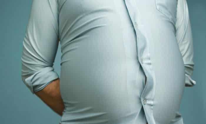 При запущенных стадиях рака асцит обязательно проявляется выпячиванием стенок живота