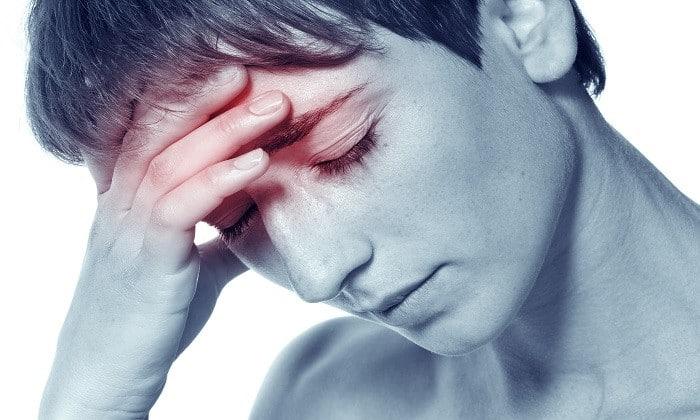Ротавирусная инфекция характеризуется появлением головной боли