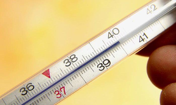 Ротавирусная инфекция сопобна вызывать повышение температуры тела