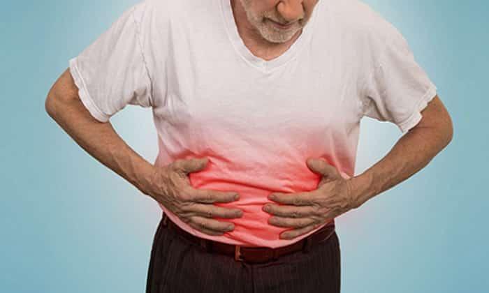 Сильные опоясывающие абдоминальные боли являются причиной для отказа от кабачков