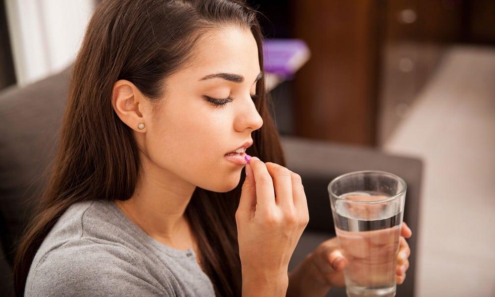 У женщин неприятности с поджелудочной развиваются из-за приема оральных противозачаточных средств