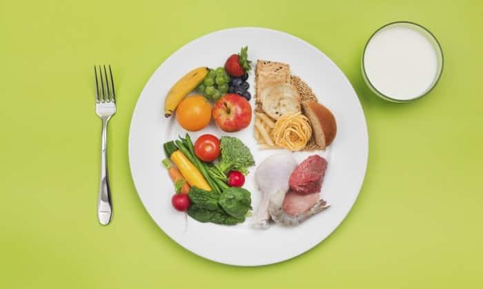 Предотвратить развитие острого панкреатита помогает прием пищи небольшими порциями