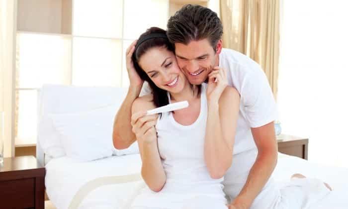 Первый триместр беременности является противопоказанием к применению препарата.