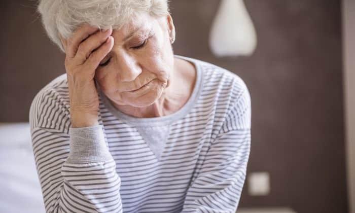 При нарушении схемы лечения могут возникнуть головные боли