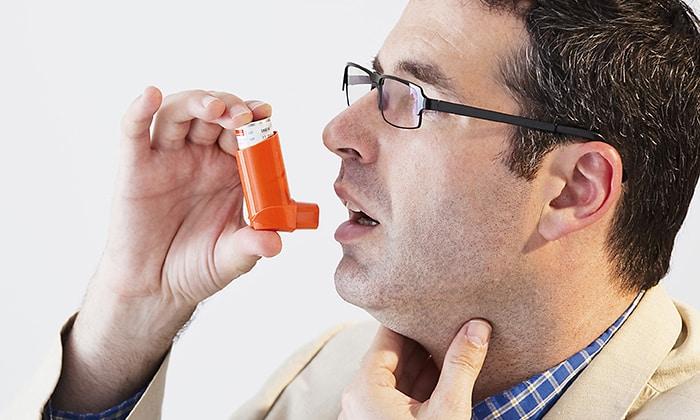 При приеме Аспирина может случится обострение бронхиальной астмы (у астматиков)