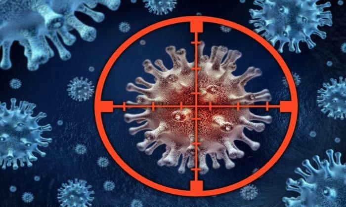 Таргетная терапия является более современным аналогом химиотерапии, такие препараты действуют только на клетки опухоли, что снижает негативное влияние средства на весь организм пациента
